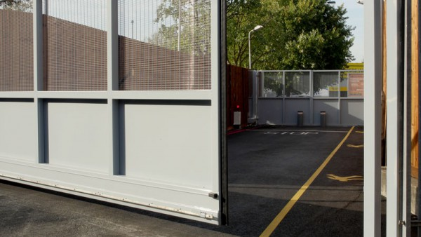Secure 'Air Lock' Cantilever Gates