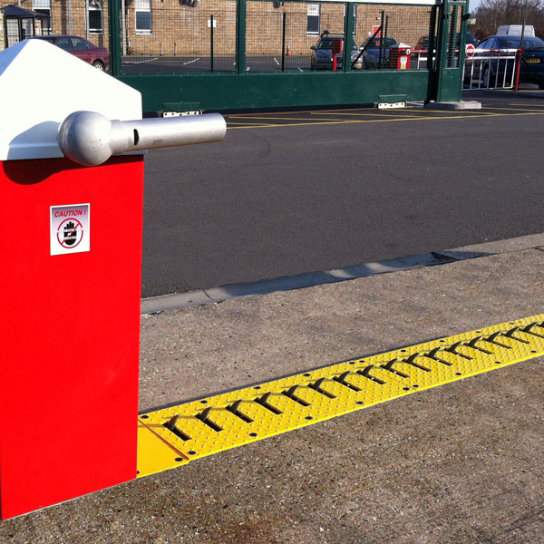 Predator Tyre Killer Barrier