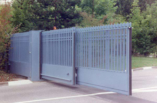 Telescopic Sliding Gates Aps Aegis Security Gates Uk Based